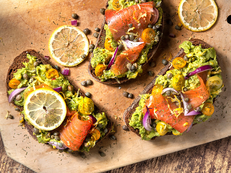 Avocado Toast with Smoked Salmon | Recipes | ¡Yo Quiero! Brands