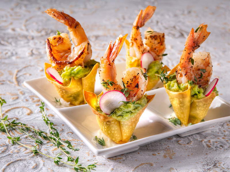 Guacamole Shrimp Wonton Cups | Recipes | ¡Yo Quiero! Brands