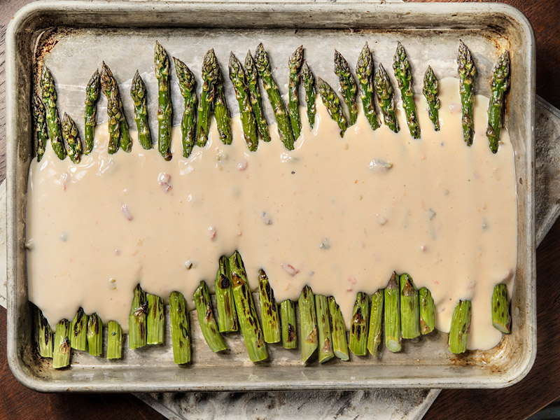 Cheesy Baked Asparagus | Recipes | ¡Yo Quiero! Brands